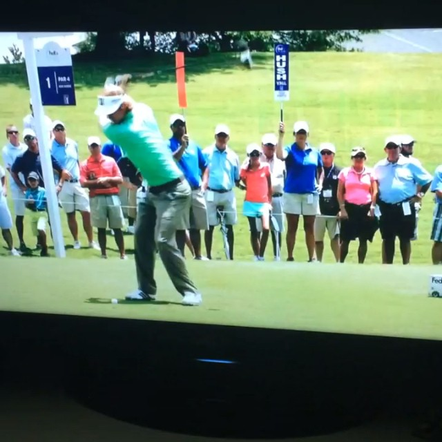 SMOOTH! We finally made it big, @cgroeschell 💃⛳️ @fesjcmemphis #fame