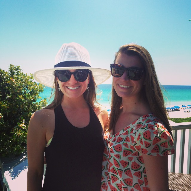 Perfect Saturday☀️👯 @suzivansickle #cincodesuzi #suzislastsail #vanrichey #30A